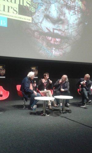 Édition 2015 du festival Étonnants Voyageurs à Saint-Malo. Rencontre du lundi après-midi en compagnie de Bertrand Tavernier et Michel Le Bris. Yann Nicol à la modération.