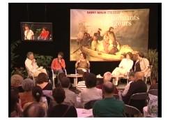 Édition 2008 du festival Étonnants Voyageurs à Saint-Malo. Café littéraire au Palais du Grand Large avec Anne Perry et Fabrice Bourland. Animé par Maëtte Chantrel et Michel Abescat (Télérama).