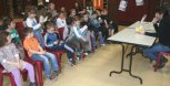 Concours départemental « Mosel'Lire »: la classe CP-CE1 de Marjorie Dufour et la CLIS de Josiane Rad à la bibliothèque de Sainte-Marie-aux-Chênes.