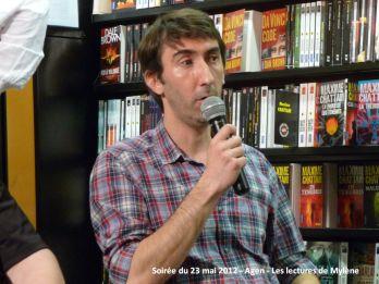 23 mai 2012: rencontre à la librairie Martin-Delbert (Agen). Soirée animée par Michel Gardère, en présence de David S. Khara, Éric Giacometti, Sir Cédric et moi-même.